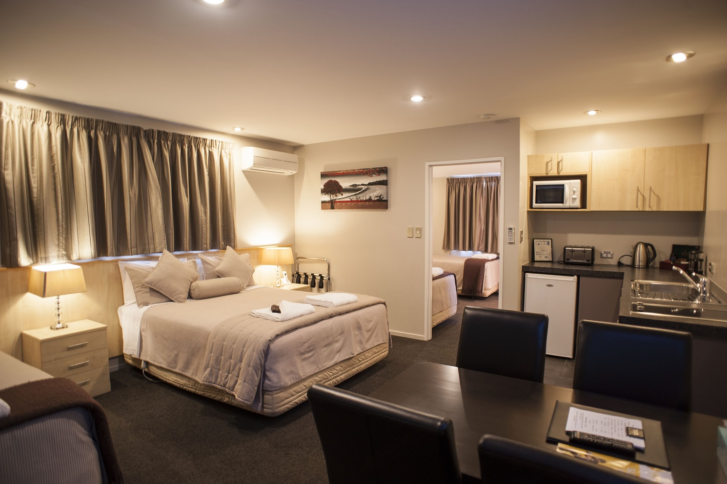 Christchurch luxury apartment qualmark 5 star 1 bedroom for Apartment one bedroom design